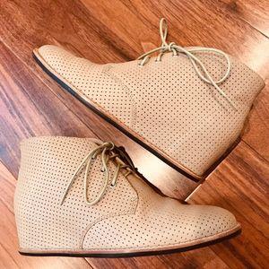 **Host Pick** Hidden Wedge MATIKO Leather Boots